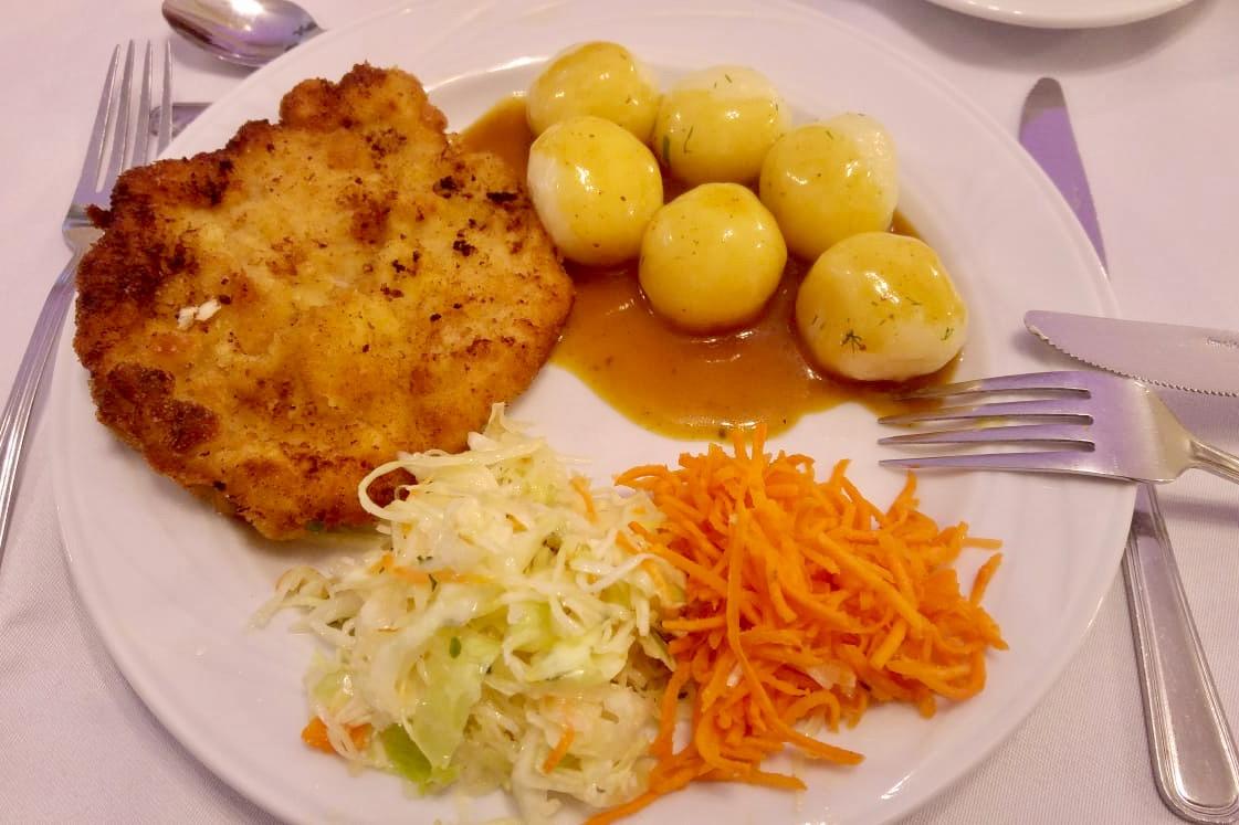 ポーランドの典型的なお昼ご飯
