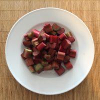 ルバーブ練り梅の作り方 切る