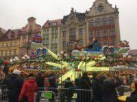 ポーランドクリスマスマーケット 遊園地