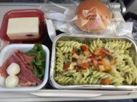 ポーランド航空機内食 パスタ